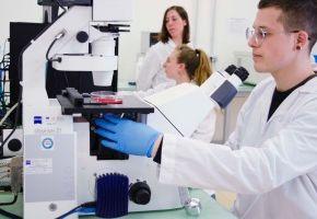 20 000 EUR i technologia 3D pomogą im leczyć ludzką skórę. Prometheus najlepszym startupem Infoshare Startup Contest