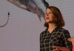 Infoshare: Janina Bąk - What amused a dead salmon?