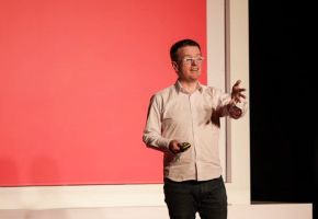 Infoshare: Ian Gray - How to Level up your Impact, Authority & Profit with Confident Live Video